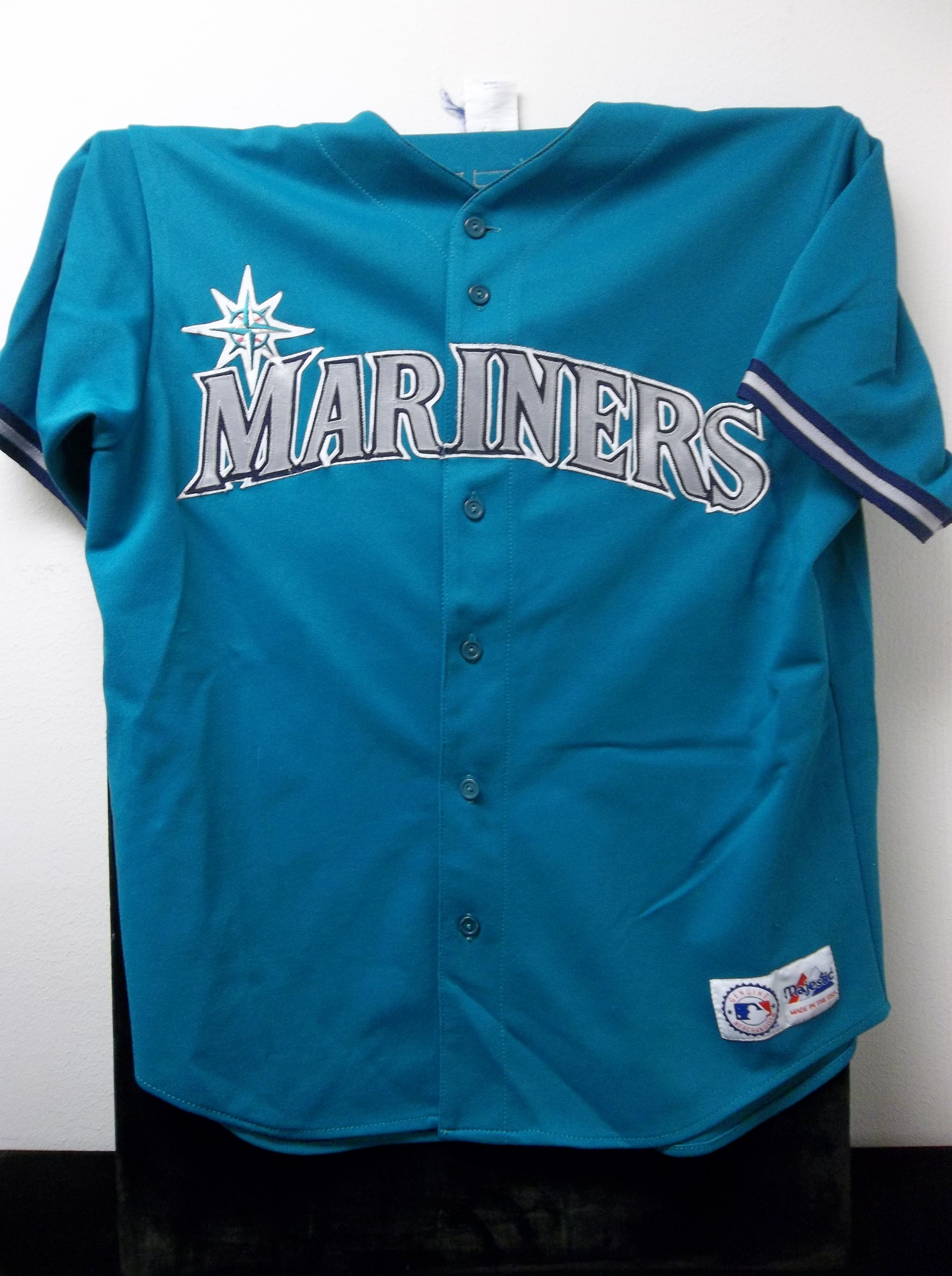 Lot Detail - Majestic Adult Large Seattle Mariners Ken ...